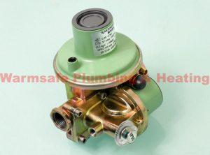 CLESSE 006829FC LPG BP2203 37MB UPSO-OPSO 10.5KG METERBOX REGULATOR